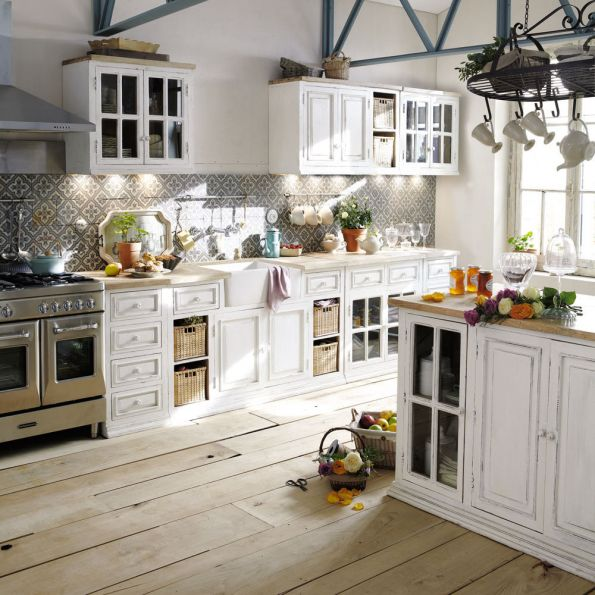 Open kitchen Advantages and disadvantages